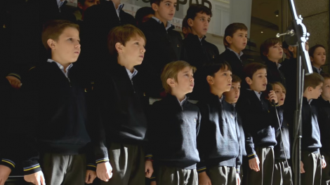 """Coro de Tajamar, interpretando """"Es de María"""". /Img. Col. Tajamar"""