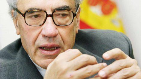 Gregorio Peces Barba fue el representante del PSOE en el grupo de los siete diputados que redactó la Constitución del 78./Rtve