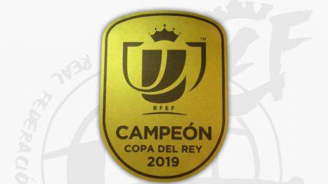 El distintivo que lucirá el Valencia en sus camisetas este miércoles contra el Logroñés (RFEF)